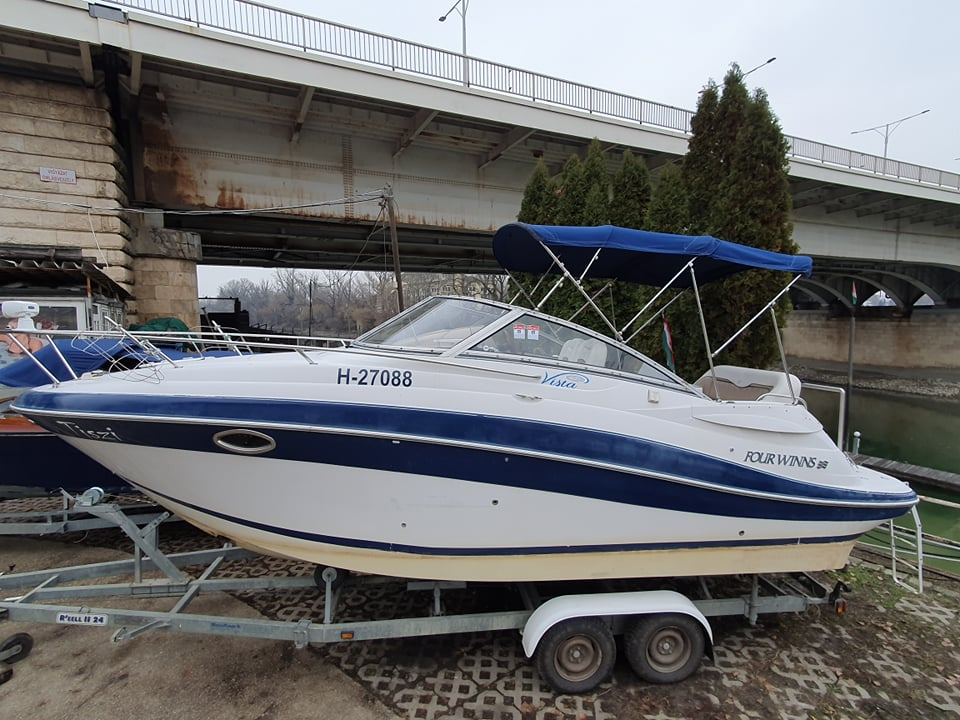 Four winns 258 Vista 007 használt hajó